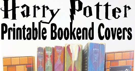 Organize your Bookshelf with these printable Harry Potter Bookend Covers