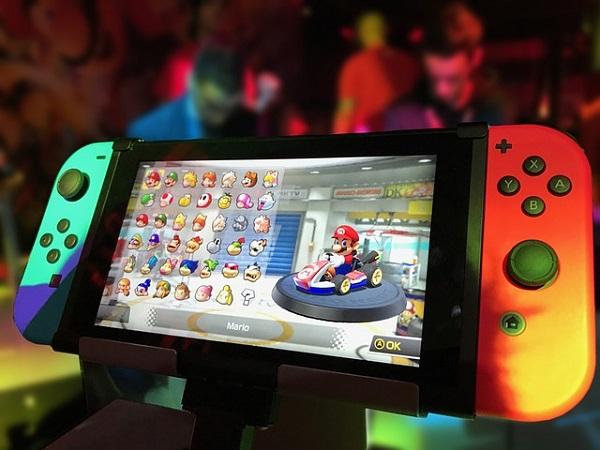 رسميا جهاز Nintendo Switch يتجاوز مبيعات PS4 في اليابان و هذا الرقم الإجمالي