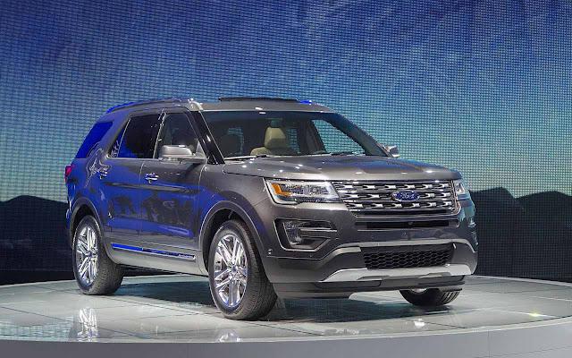 Khuyến mãi giá xe Ford Explorer 2018
