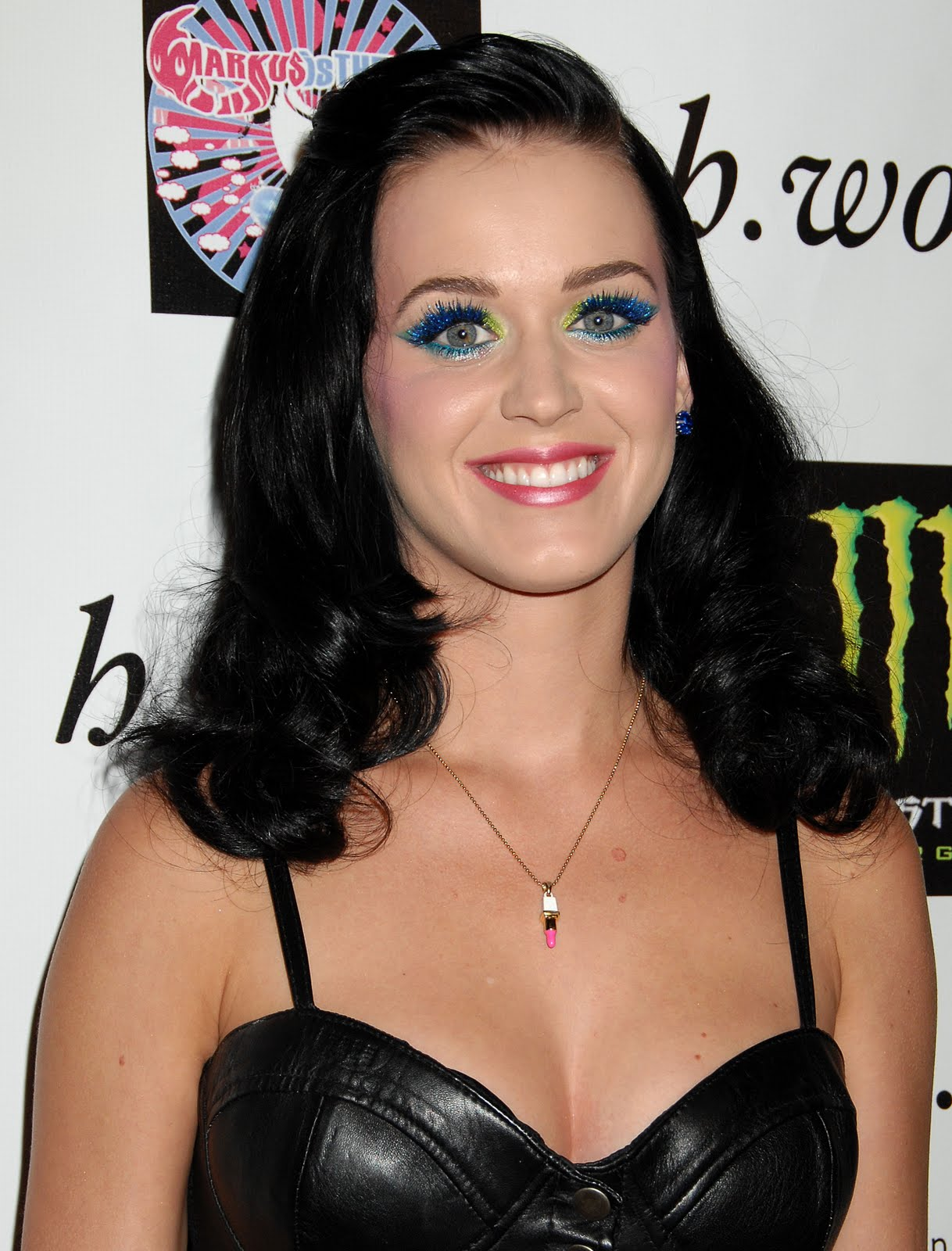 perry point christian girl personals Her single is still topping charts worldwide, but katy perry's i kissed a girl has sparked a personal attack on the provocative singer from her own parents.
