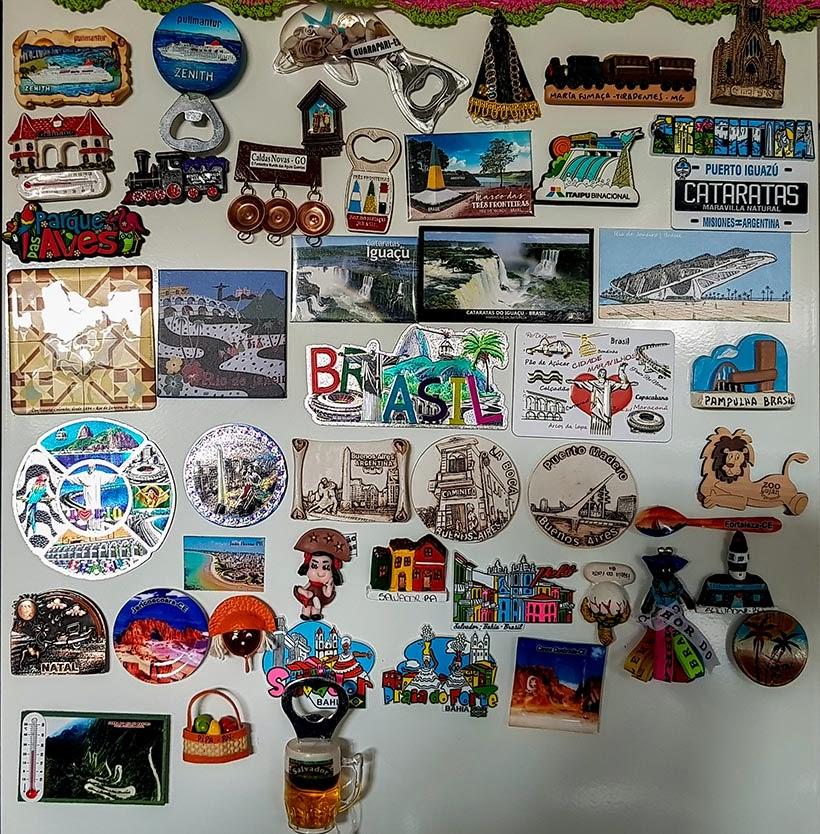 Colecionando lembranças - imãs de geladeira para souvenir de viagem