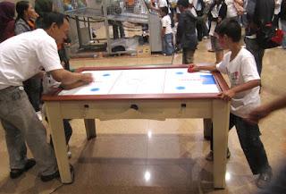 Mini Hockey Table