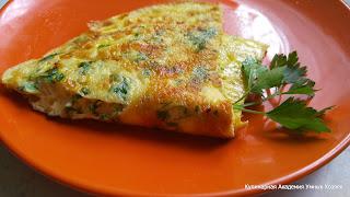 омлет с сыром и зеленью готовый