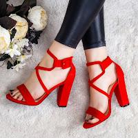 Sandale Sapriti rosii cu toc