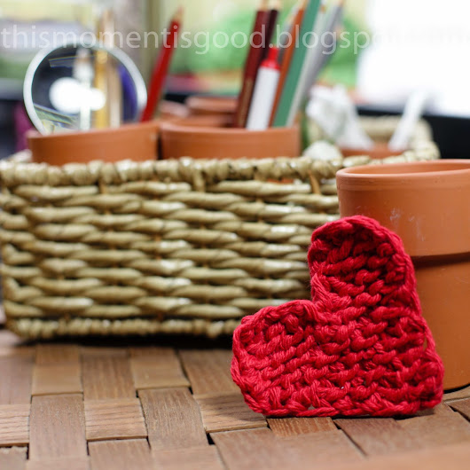 LOOM KNIT HEART - FREE PATTERN