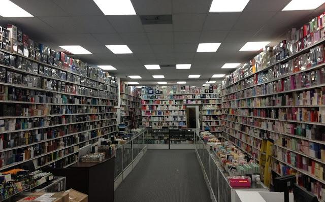 Loja Universal Perfumes em Los Angeles