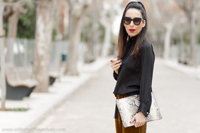Blog influencer de moda valencia Como vestir la noche de reyes fiestas comoda y estilosa con traje de terciopelo y labios rojos