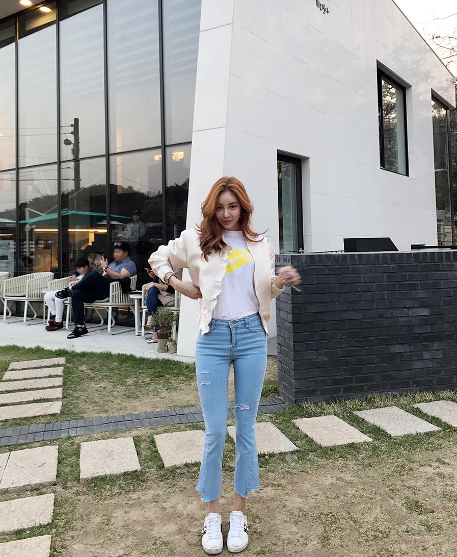 Chae Yeon Young Korean Model Bugil Picture: Korean Model Kang Hye Yeon In Photo Album April 2017 (26