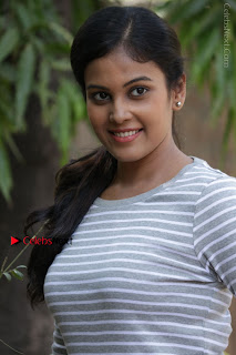 Tamil Actress Chandini Tamilarasan Latest Pos in Ripped Jeansat Ennodu Vilayadu Press Meet  0024.jpg