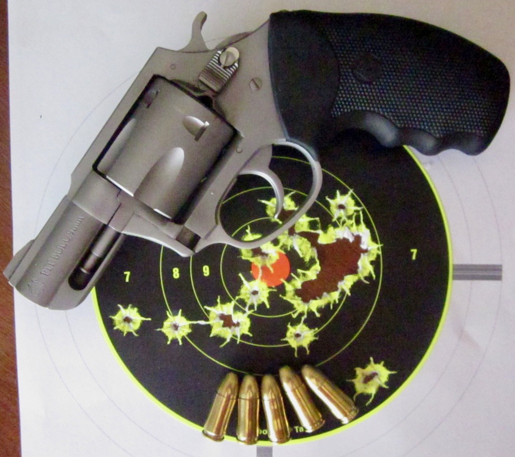 Welcome GNU/Linux Users!: Review: Charter Arms Pitbull 9mm