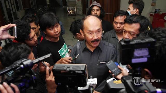 Sebut Novanto Pura-pura Sakit, Mahfud MD Bakal Dilaporkan ke Polisi