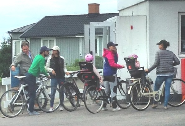 Swedish Royal Family Bike Trip In The Island Of Öland