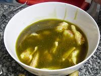 Alitas de pollo marinadas con Ras el Hanout y aceite de oliva.