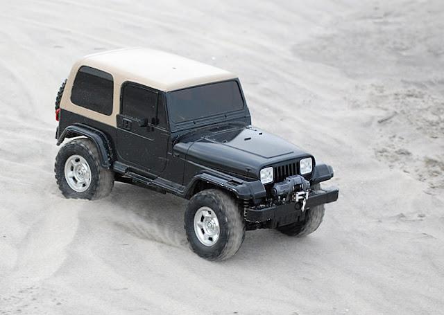 Tamiya Jeep Wrangler beach