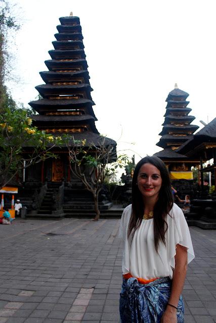 Templos de Goa Lawah