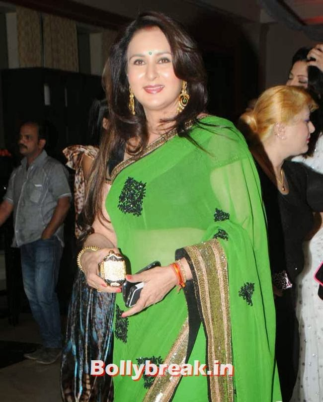 Poonam Dhillon, Page 3 Celebs at Rohit Varma's A Beautiful You Inside Out Show