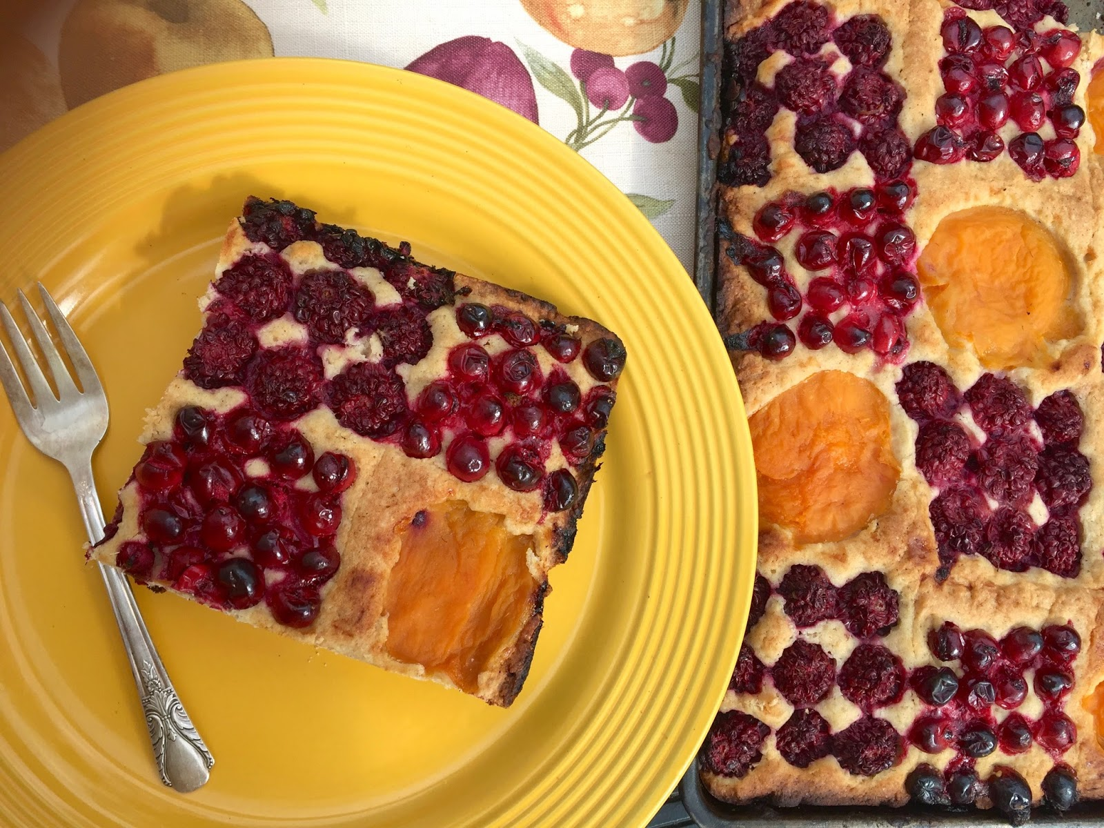 Diary of a Mad Hausfrau: Fruit Patchwork Sheet Cake