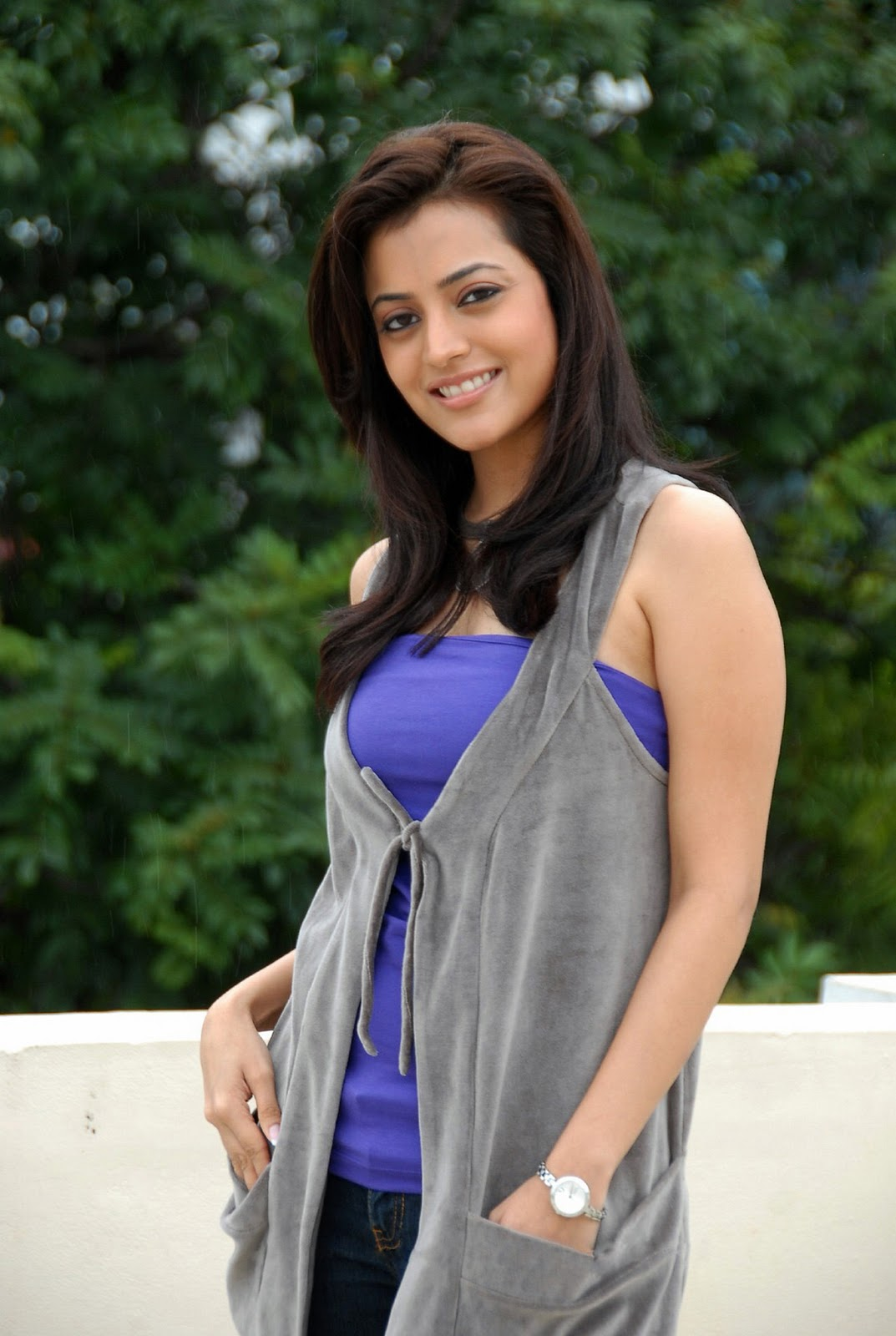 Nisha-Agarwal-Hot-Stills - Indian Movie Portal-1054