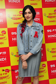 Vidyut Jamwal Adah Sharma Commando 2 Movie Team at Radio Mirchi 95  0026.jpg