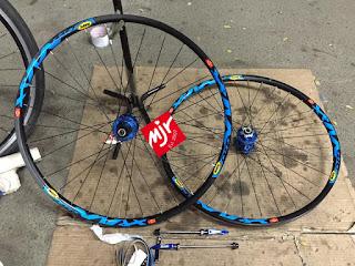 Wheel Set Rakitan Hub Bearing Jangkrik Majuroyal