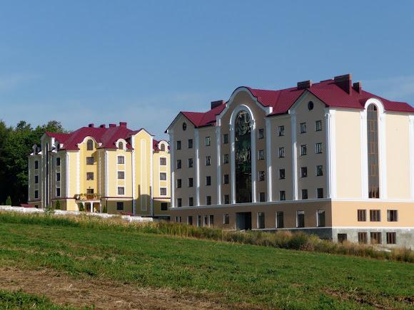 Банчены. Свято-Вознесенский монастырь. Реабилитационный центр для детей-сирот и детей-инвалидов