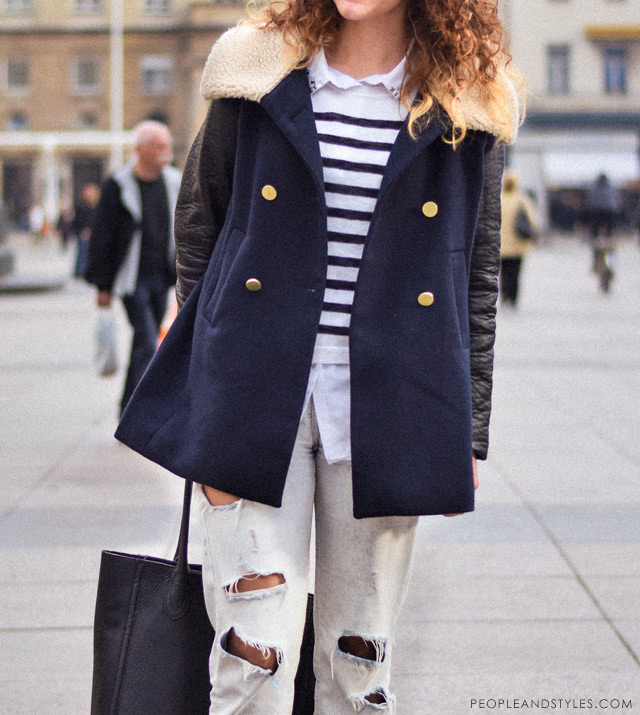 Marija Perić, how to wear distressed boyfriend jeans in winter - pea coat and biker boots, kako nositi podrapane trpaperice zimi, street fashion Zagreb, ulična moda i lijepe, stajliš cure iz Zagreba, peopleandstyles.com