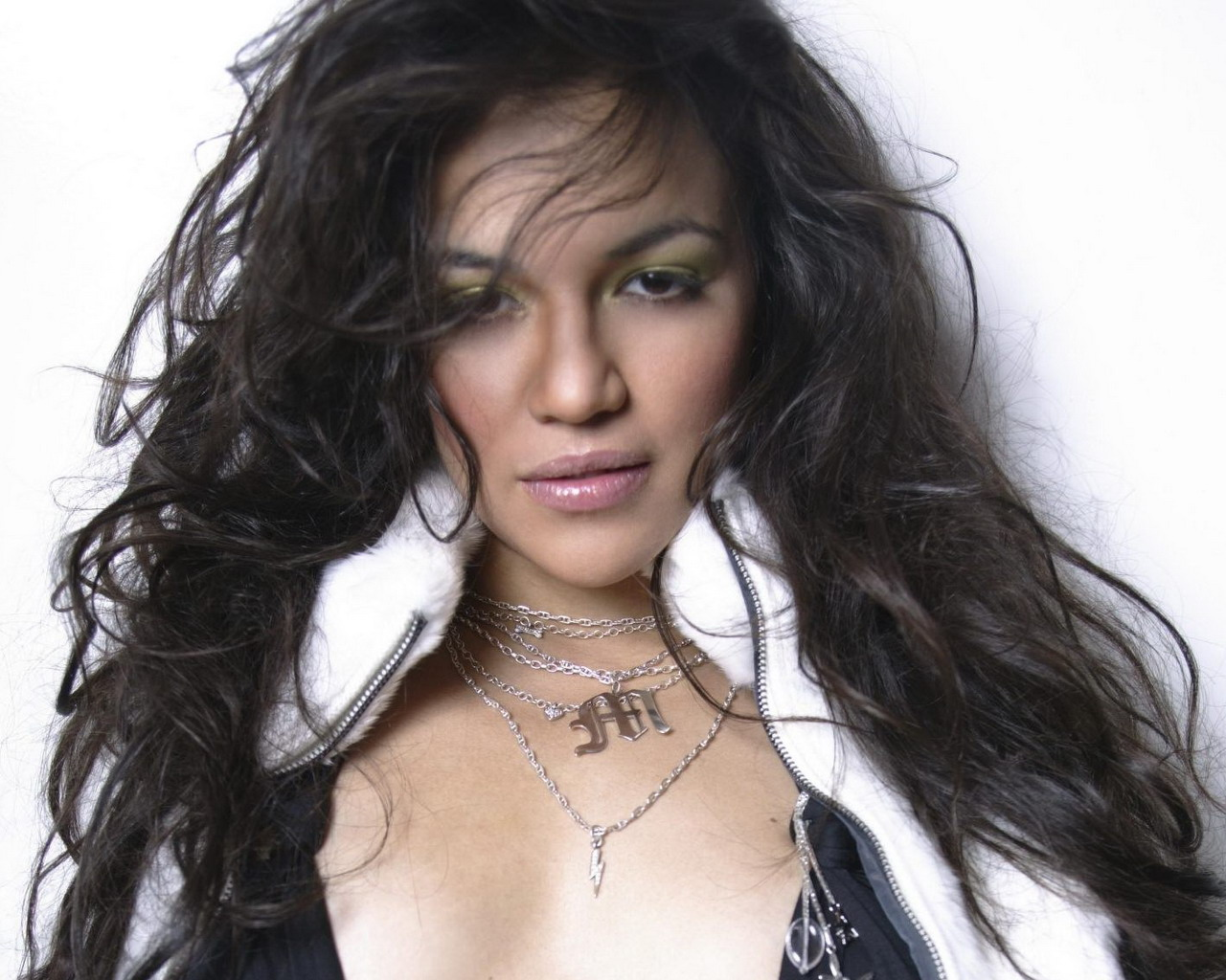 Michelle Rodriguez Hd Wallpaper  Wall Pc-1231