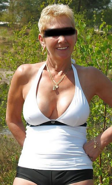 48-jährige Frau sucht Sex auf dem Rastplatz beim Dreieck Bad Schwartau