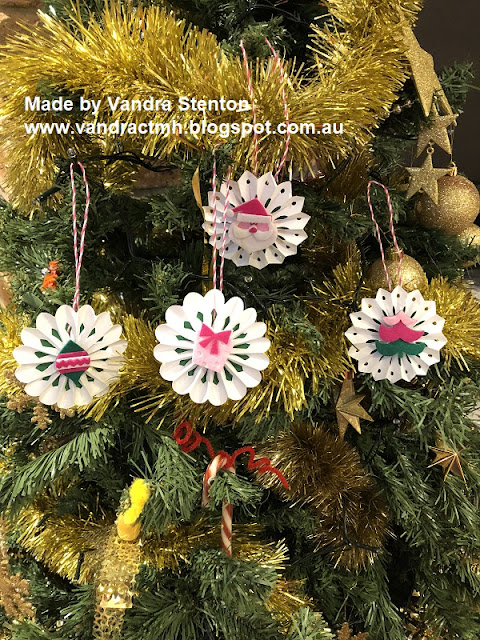 #CTMHVandra, Christmas, decorations, Christmas tree, #ctmhOhWhatFun, blog hop, 3D, papercrafting, papercraft, sparkles, felt, Workshops Your Way,