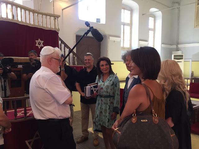Γιάννενα: Σε Κάστρο, Νησί και Εβραϊκή Συναγωγή η Γιάννα Αγγελοπούλου