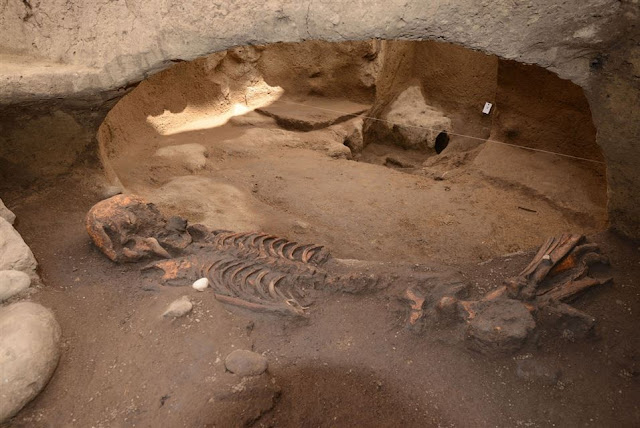 2,700-years-old graves discovered in southern Mexico City