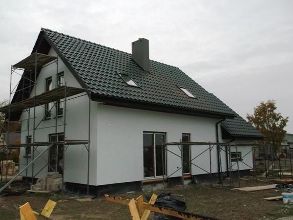 budowa domu szkieletowego - tynkowanie