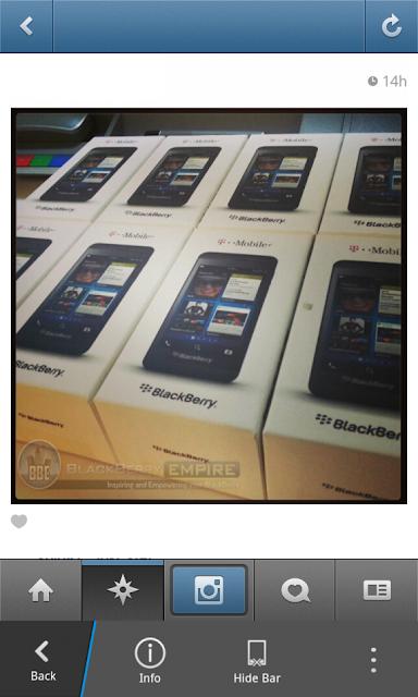 Esto es una buena señal de que el BlackBerry 10 estará disponible muy pronto por parte de está operadora estadounidense, está imagen nos llega desde BBempire donde nos muestran la caja en que vendrá esté dispositivo por parte de está operadora la cual se tiene previsto que empiece a comercializarce a mediados de Marzo. Anteriormente les comentamos sobré la operadora AT&T la cual tiene previsto el lanzamiento de esté dispositivo el 15 de Marzo. Esperemos que esté dispositivo esté disponible en los próximos días en el mercado de los Estados Unidos donde el BlackBerry 10 ocupara un gran lugar en