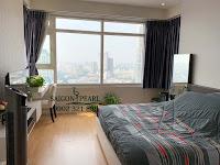 Sapphire 2 SGP cho thuê căn hộ 2 phòng ngủ - cửa kính trong phòng ngủ