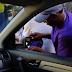 VÍDEO: Mira como se roban los retrovisores en RD