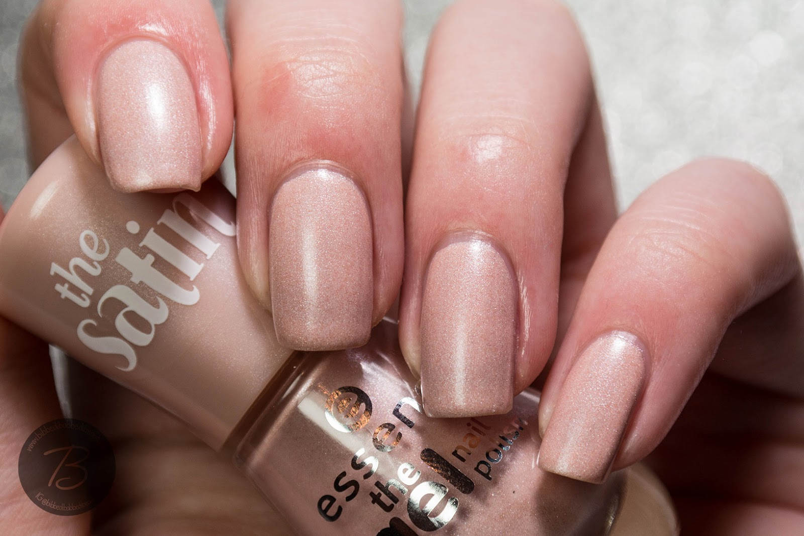 Essence The Gel Nail Polish 98 Pure Beauty - Absolute cycle