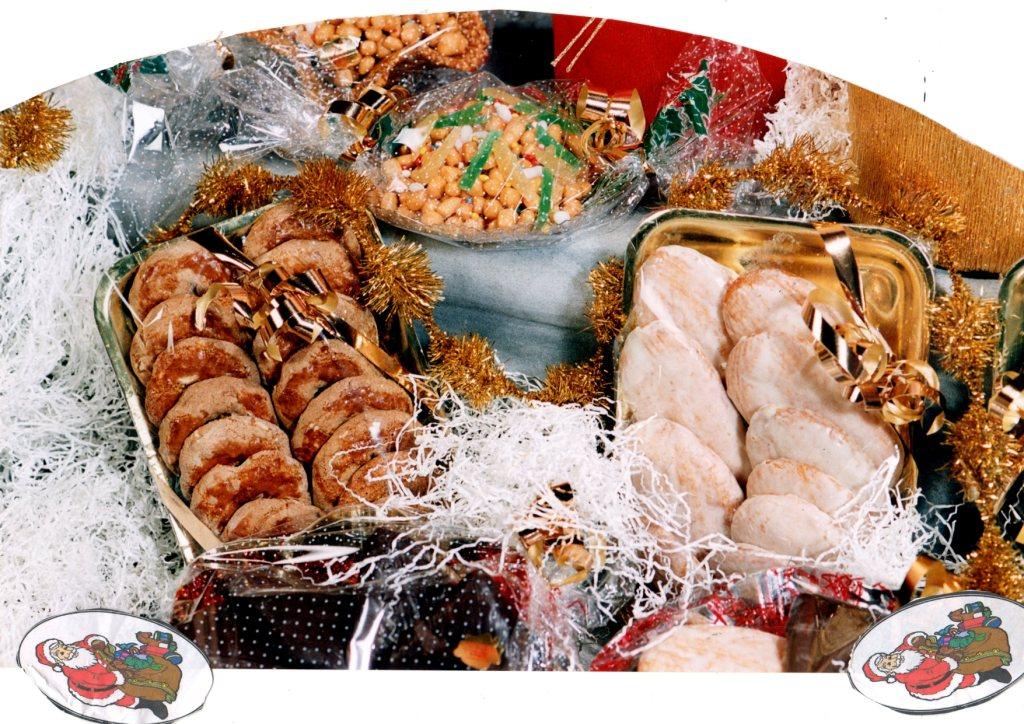 Menu Della Vigilia Di Natale Napoletano.Il Pranzo Di Natale Ed Il Cenone Della Vigilia A Napoli