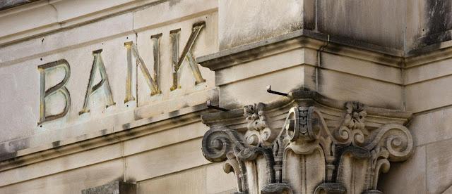 Banco y apertura de credito