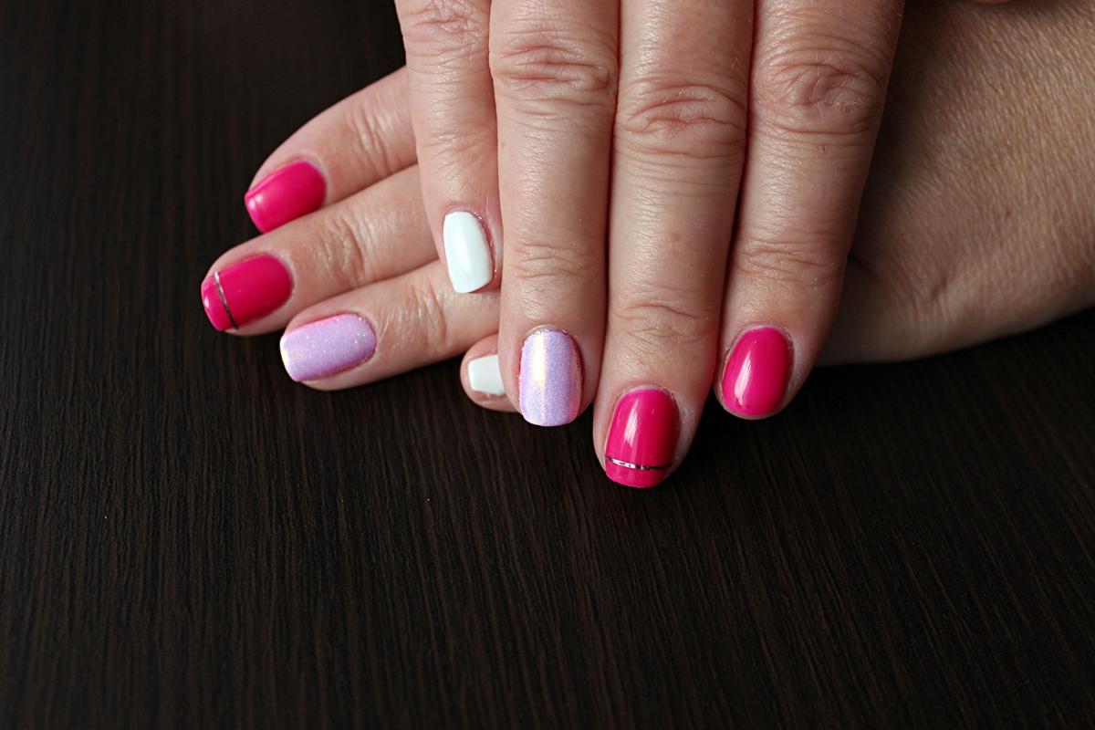 manicure hybrydowy Indigo Jungle Queen Mr. White Syrenka pastel pink