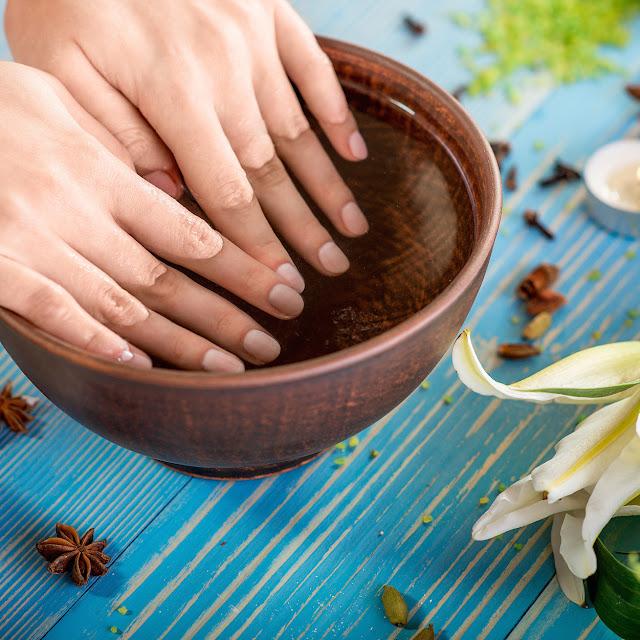 Foto ilustrando como fortalecer suas unhas e mantê-las saudáveis