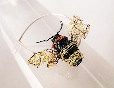 Bee pin, bee jewelry