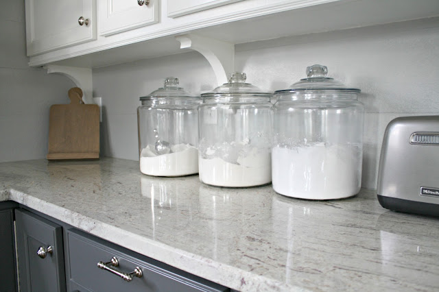 Kitchen baking storage