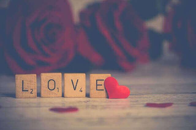 علامات الحب الحقيقي عند الرجل في علم النفس  مراحل الحب الحقيقي عند الرجل  الحب الحقيقي عند الرجل على جسمه  علامات الحب الصامت عند الرجل  علامات الحب الحقيقي عند الرجل الخجول  الحب الصادق عند المراة  علامات الحب عند الرجل كيف تظهر وما هي ؟  علامات الحب عند الرجل الكتوم