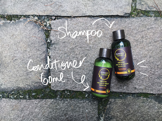 Bounces and Curls: Product Review: Botaneco Garden Shampoo and Conditioner