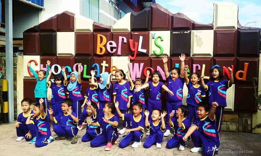 Lawatan ke kilang coklat Beryl's