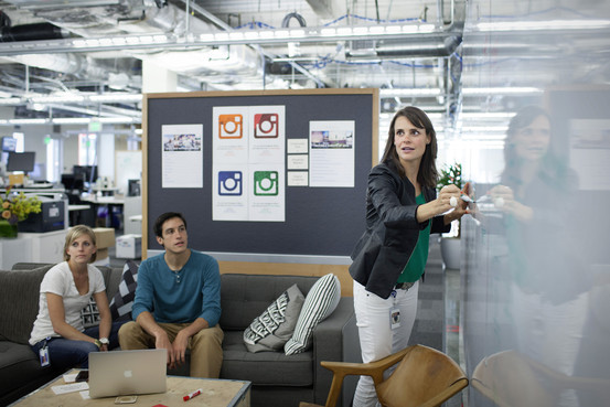 Instagram Director of Business Operations Emily White - Fonte: WSJ