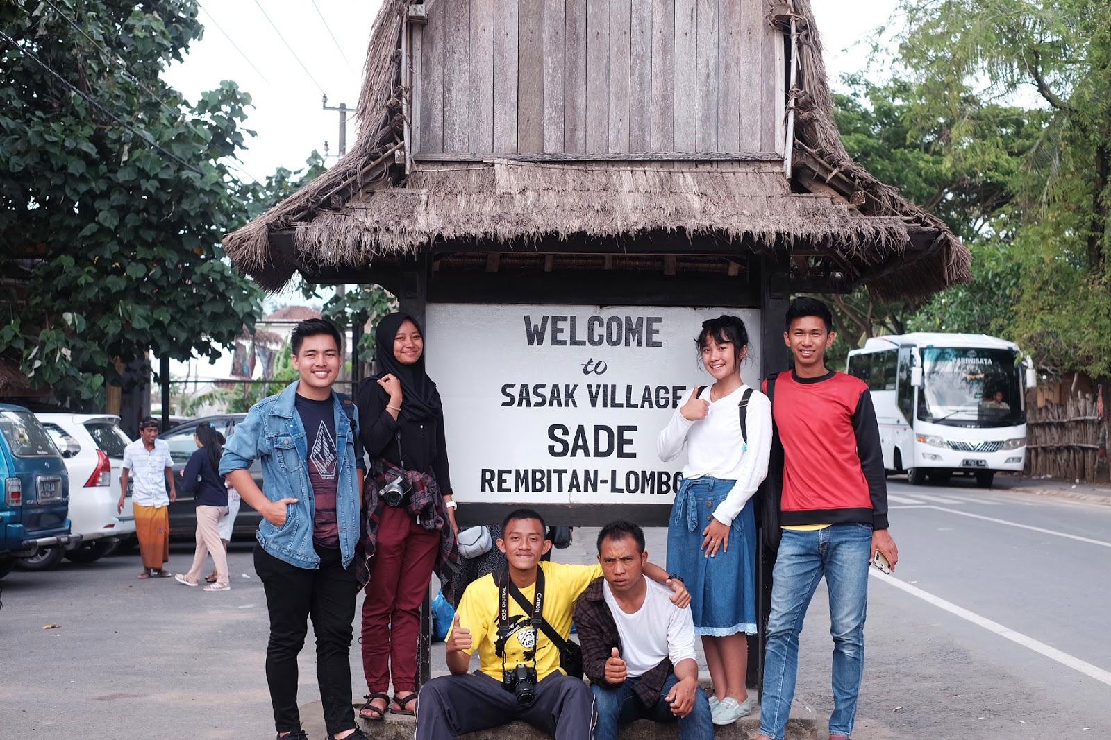 Sade-Gate.jpg