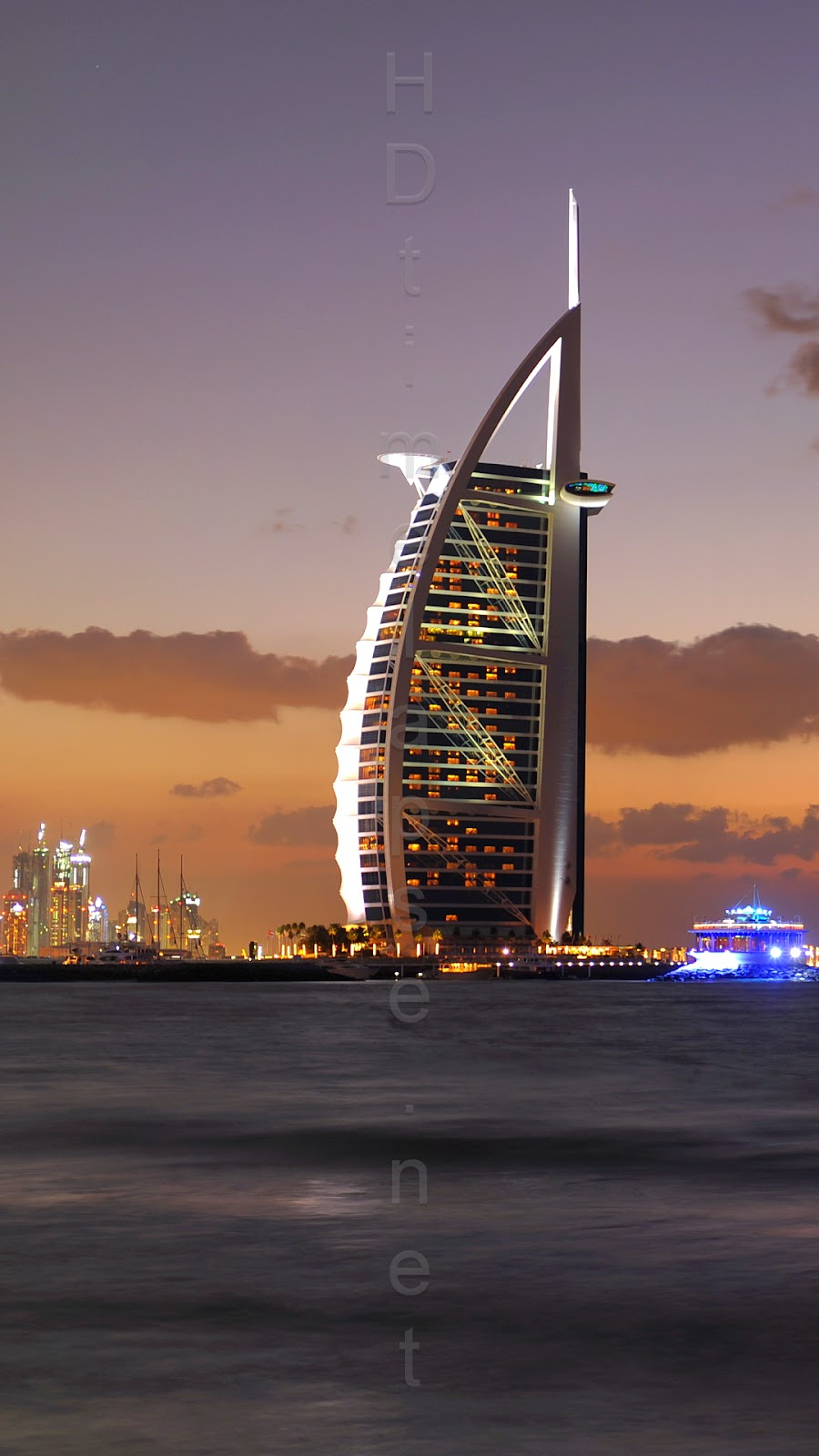 Burj al arab a seven star hotel our world stuff for Dubai 7 star hotel name
