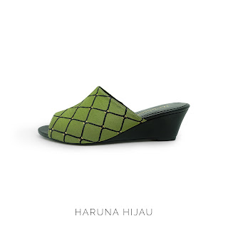 HARUNA GREEN THE WARNA