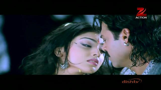 Plumpy Navel, Deep Navel And Actress Sexy Images: Shriya